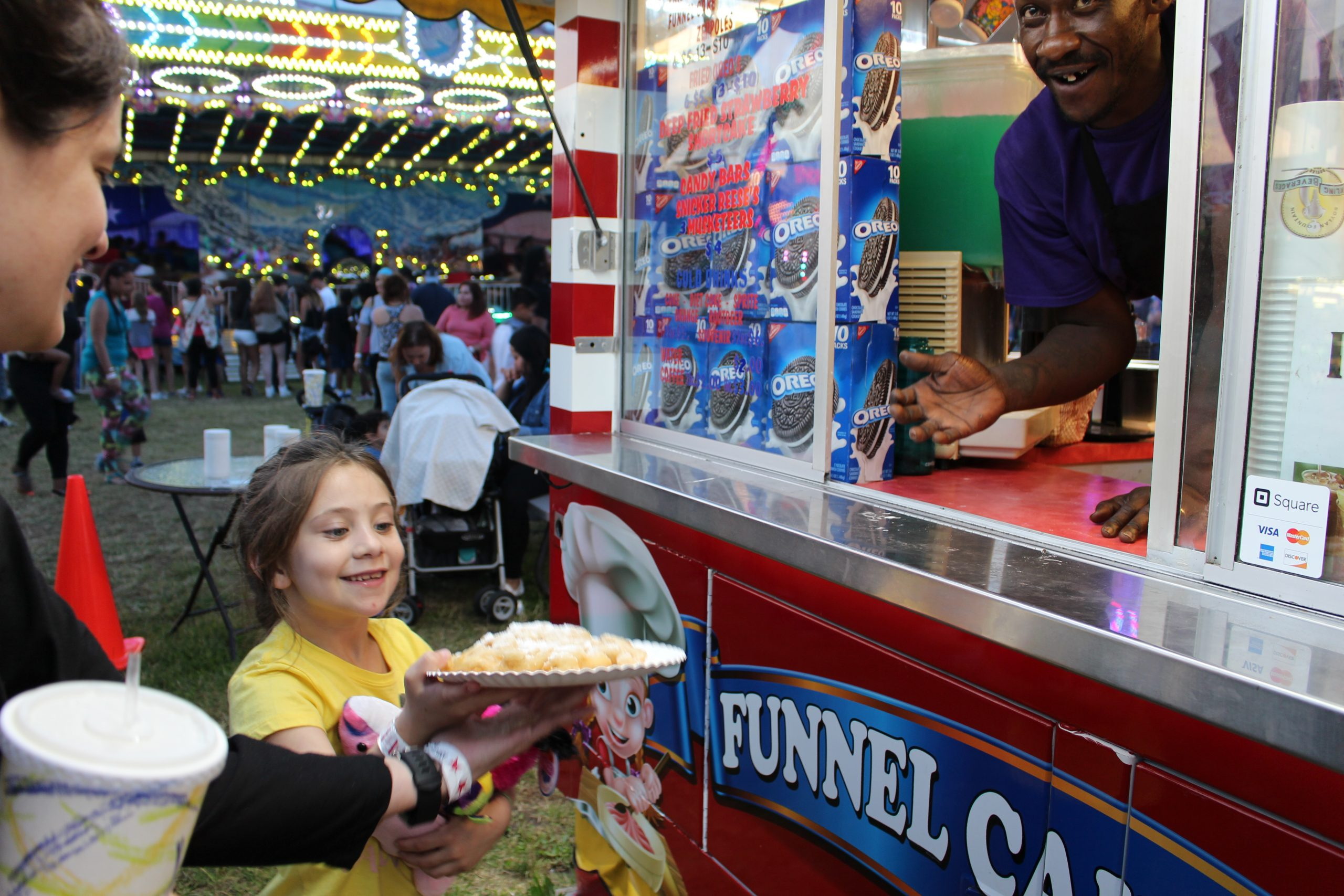 fried dough/ funnel cakes